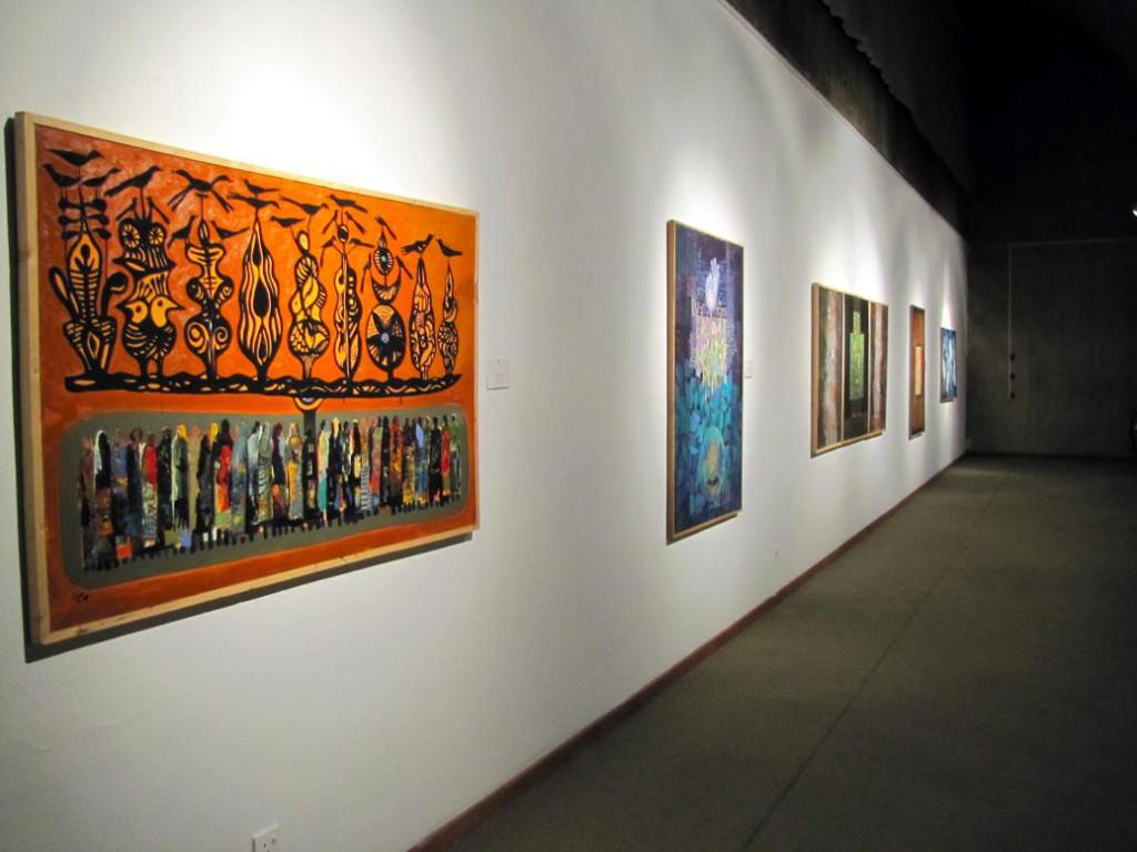 Выставка_картин_в_музее_современного_искусства_в_Тегеране